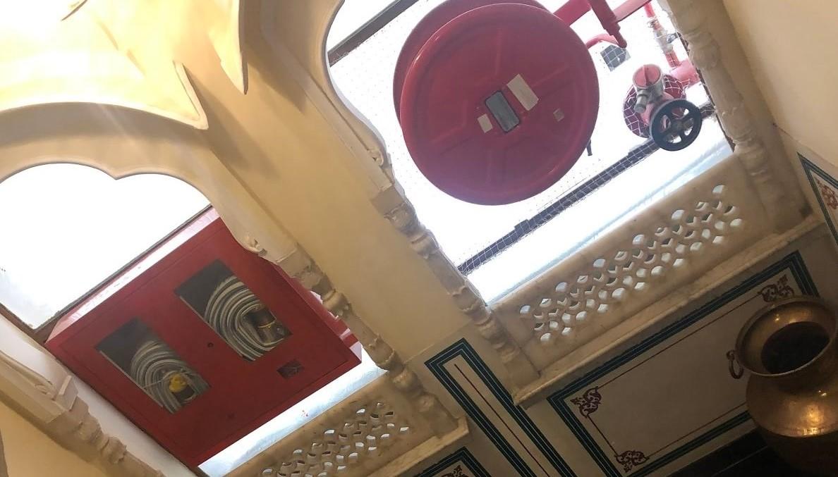消火栓は階段共用部に設置されていた