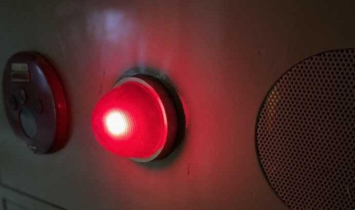 火災報知設備・消火栓の表示灯が点灯しない【ランプ不良の原因について】